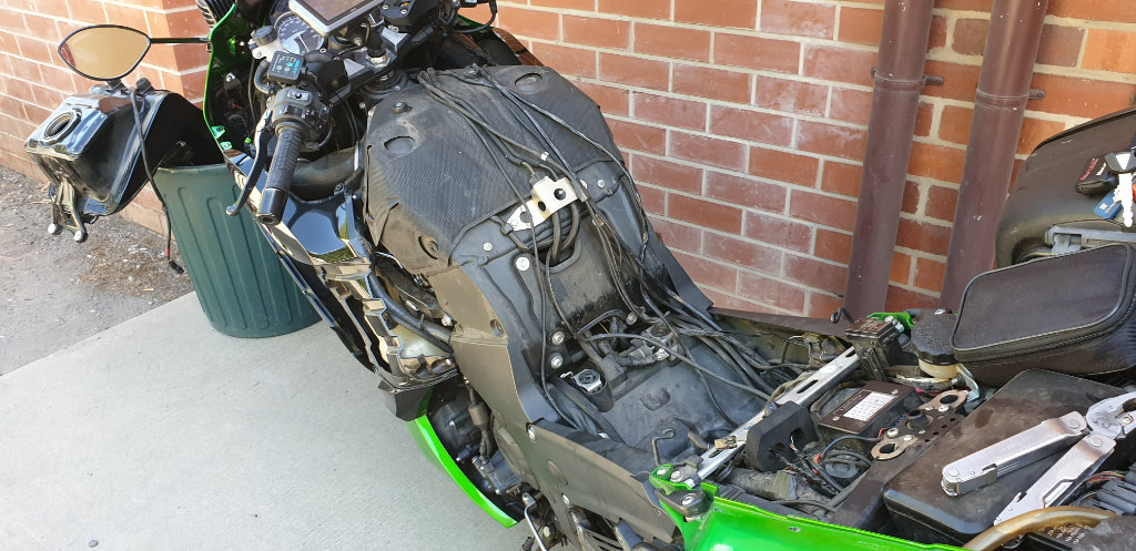 ZX14R without fuel tank