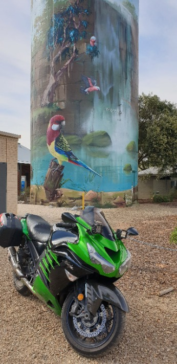 Zed14 at Lockhart painted water tower